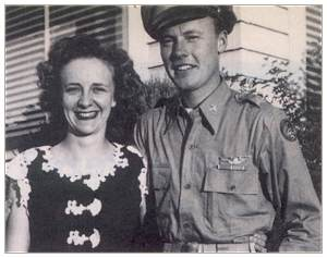 2nd Lt. Frank Scott Payne with his wife Lilian - 1945