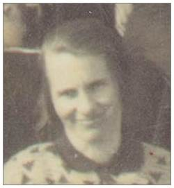 Antje van Benthem née de Nekker - photo early 30's - at Isle of Schokland