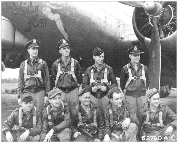 Navigator Weisgarber with his original crew Eblen - England, 1944
