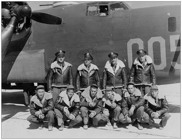 Crew in front of B-24 '005'- Clovis Air Force Base, New Mexico, spring 1943