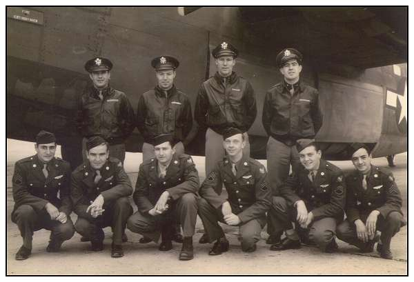 Crew '76' - in front of B-24 - Walla Walla Army Air Base, WA, USA - 1943