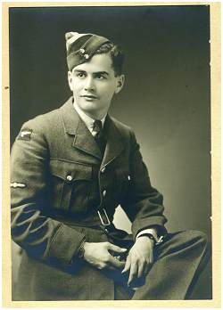R/97363 - J/21818 - Flying Officer - William Arnold Rollings - RCAF
