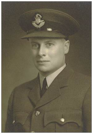 R/81424 - Flight Sergeant - Pilot - George Keith Sutherland - RCAF