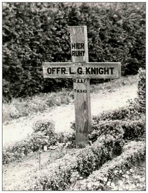 German grave marker - OFFR. L. G. KNIGHT