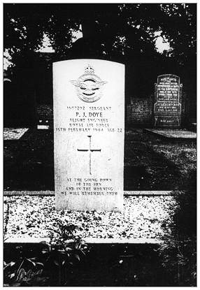 Grave - Sgt. P. J. Doye - photo from Doye family