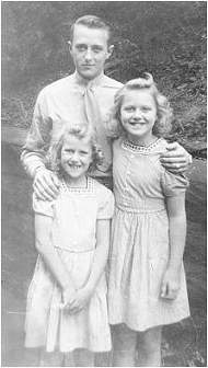Harry with his nieces Carol and Majorie Haseman