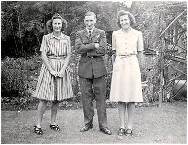 Kenneth with his sisters Irene and Muriel - Sept 1943 - In the garden at 55