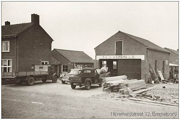 KINGMA workshop, Emmeloord - on the left the house of Johan Ansink