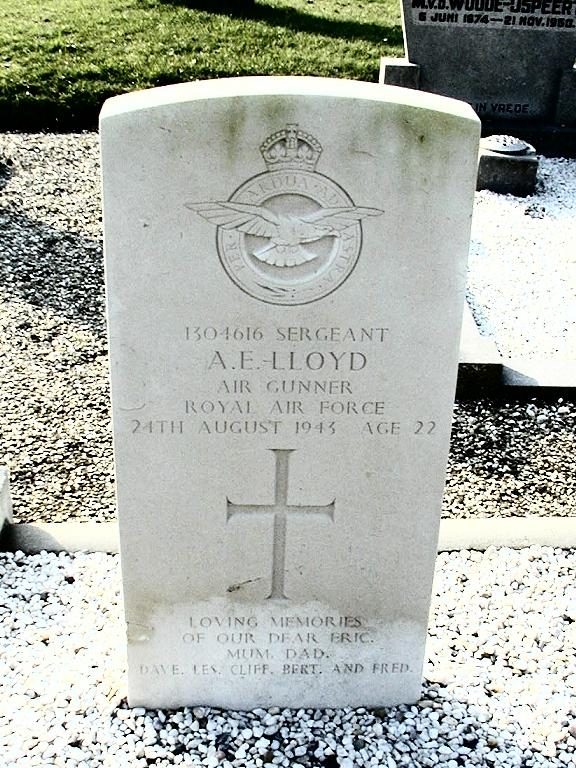 Headstone - Albert Eric Lloyd - Vollenhove