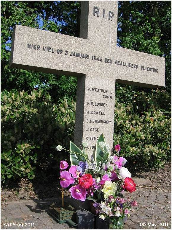 Memorial JA902 - Lindeweg - 05 May 2011