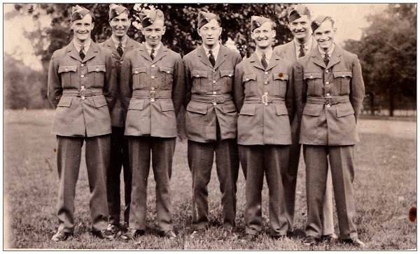 Group photo - Arnold Munday - 5th from left