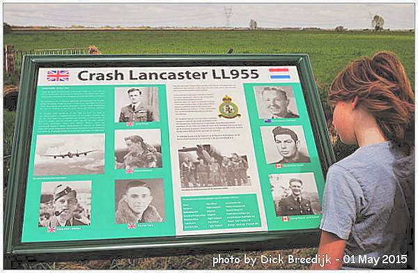 New memorial info plaque - LL955 - photo by Dick Breedijk - 01 May 2015