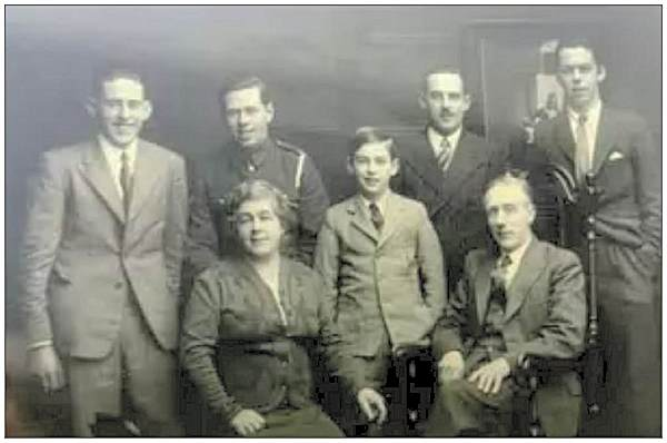 Paul Boyes (brother) pictured in the centre of a family photograph