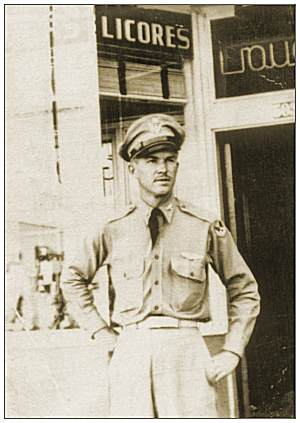 2nd Lt. Robert Lee Garrett - Old Mexico, July 1943