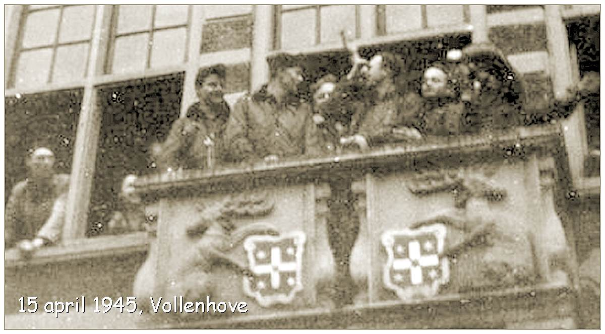 Balcony - Town hall Vollenhove - Liberation - Sunday 15 Apr 1945 -