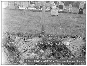 Vollenhove - Cemetery - 02 Nov 1945 - beeldbank #901-0095 - ANEFO by Theo van Haren Noman