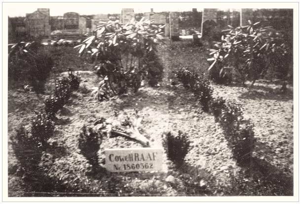 1946 - Vollenhove General Cemetery - grave 626 - Cowell