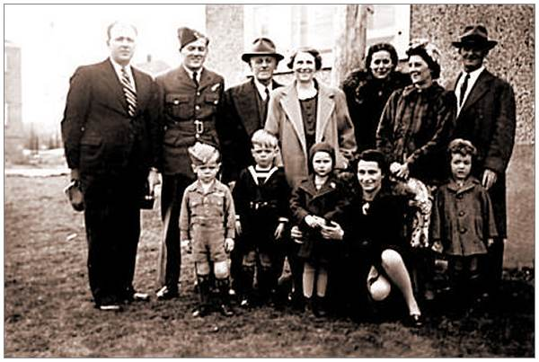 Donald Leslie Jarrett with family prior to going overseas