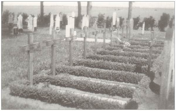 Wymbritseradeel (IJpecolsga) General Cemetery - Sep 1946